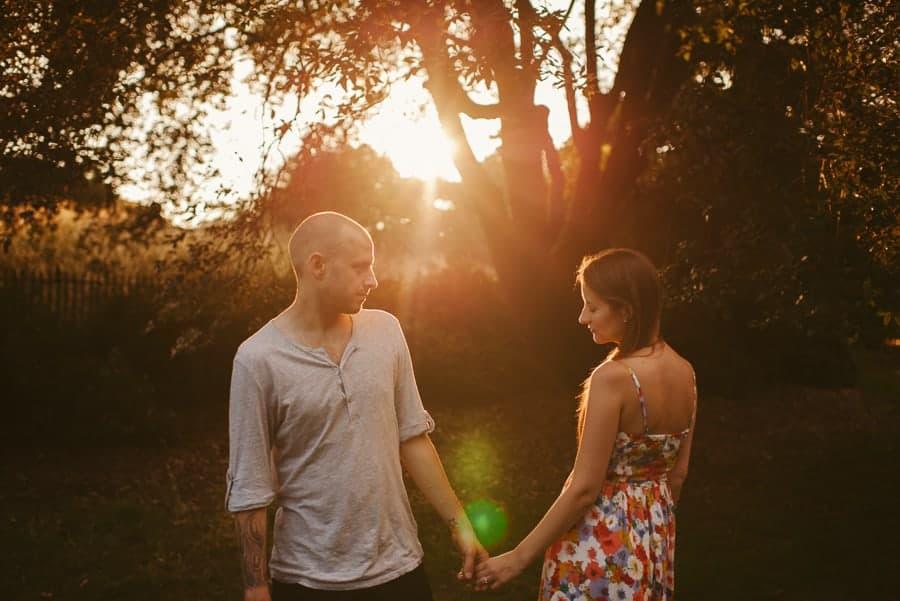 Laura & Chris' engagement shoot in Blackheath & Greenwich park
