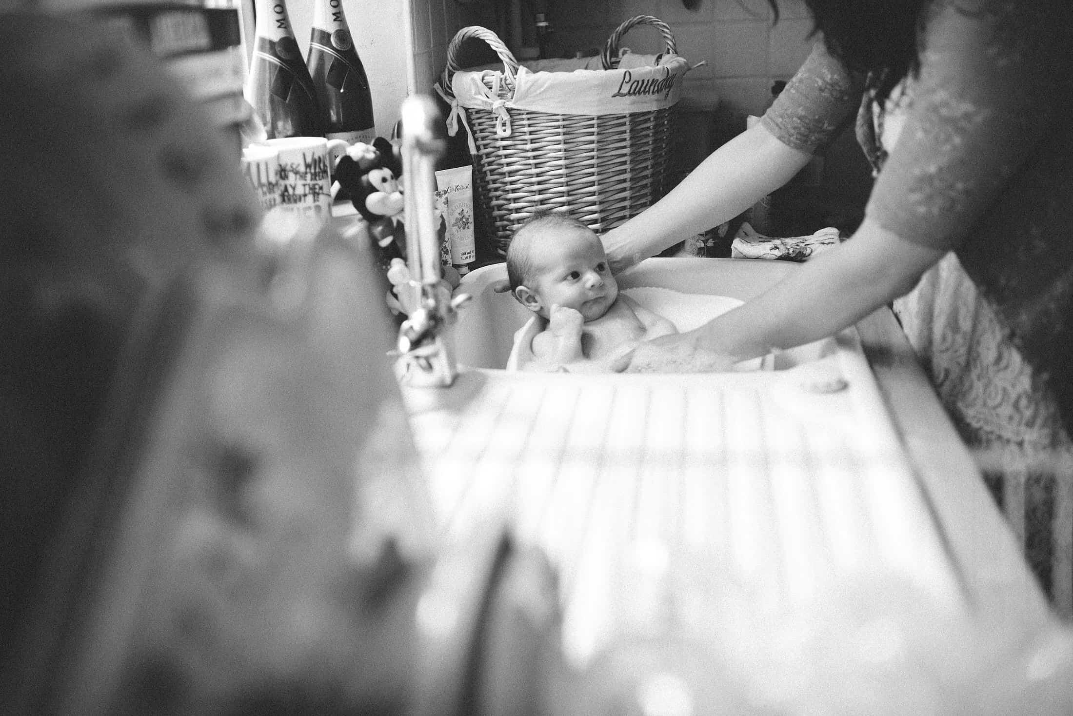 natural photos of babies and families